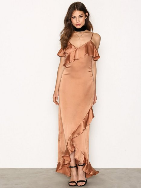 YASFIELLE OFF SHOULDER MAXI DRESS 7