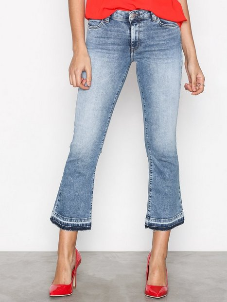 Only onlBEA Reg Cropped Kickflare Dnm J Bootcut & Flare Blå thumbnail