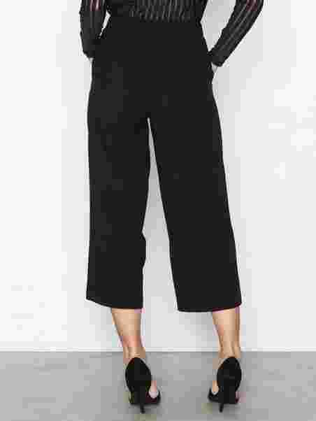 0cfce2416bf8 Vmcoco Hw Culotte Pants Noos - Vero Moda - Black - Pants   Shorts ...