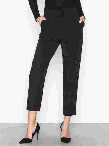 feefa7f4266 Pcalbia Hw Pants Noos - Pieces - Black - Pants & Shorts - Clothing ...
