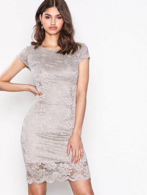 Billede af Selected Femme Sfcharlotte New Cap Lace Dress Ex Kropsnære kjoler Lys Grå
