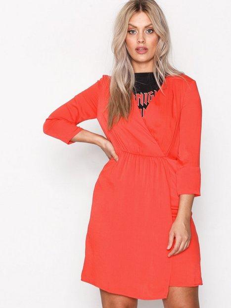 rød kjole vero moda