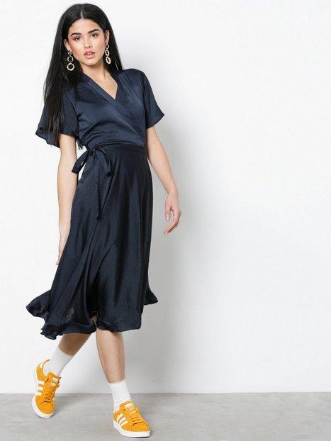 Billede af Vero Moda Vmalanna Wrap Dress Loose fit dresses Mørkeblå