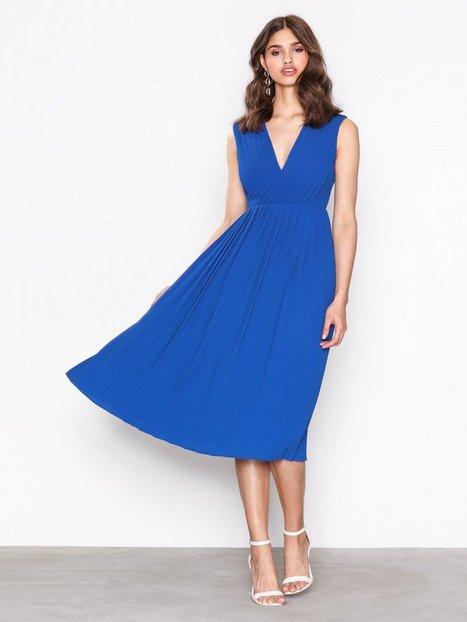 Billede af Selected Femme Sfsvenja Sl Pleated Dress Loose fit dresses Mørkeblå
