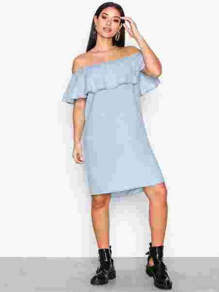 a20ad6c27d5d Vigia Off Shoulder Dress/1 - Vila - Light Blue - Dresses - Clothing ...