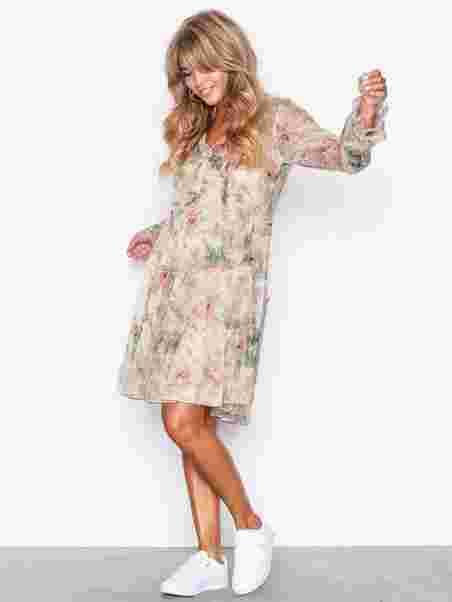 Shoppa Ls Alxa Dr - Long Sleeve - Casual Dress - Online Hos Nelly.com de89935f9f6bb