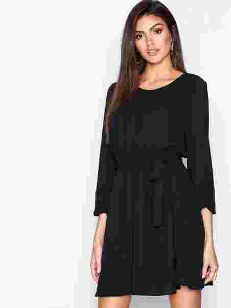 88a161af0df Shoppa Vilucy L/S Dress - Noos - Online Hos Nelly.com