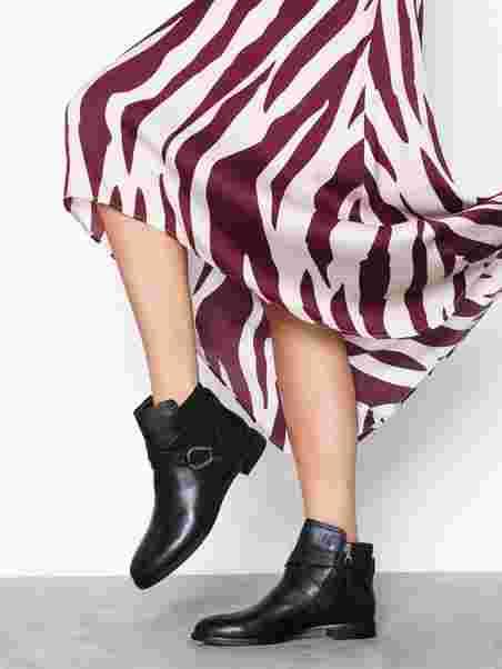 0333444bba8 Hermione Boots - Lauren Ralph Lauren - Black - Boots - Shoes - Women ...
