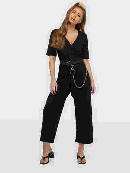 7cc33b9d782a Shoppa Pcduna 2/4 Cropped Jumpsuit - Online Hos Nelly.com