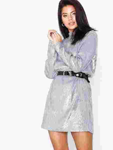 fbbb175c6509 Theta Tn Dress 10440 - Samsøe Samsøe - Silver - Party Dresses ...