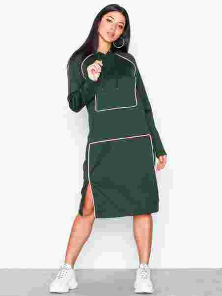 Nmvtilda L S Hoodie Dress 6 - Noisy May - Tummansininen - Mekot ... 1c0fe8ec5d