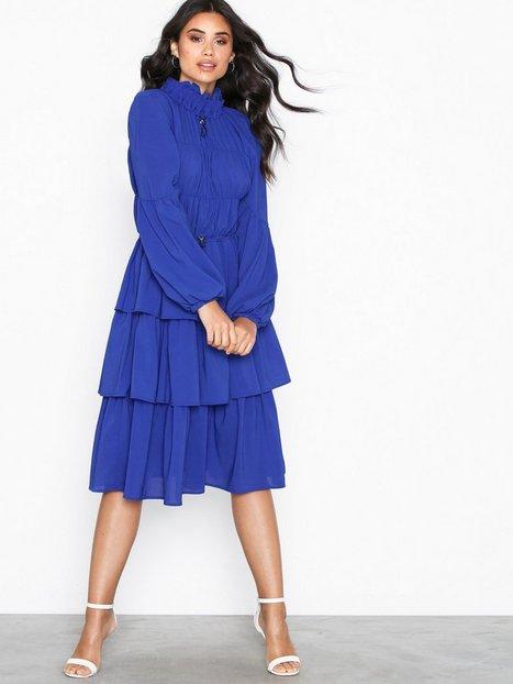 Billede af Aéryne Elton Solid Dress Skater kjoler