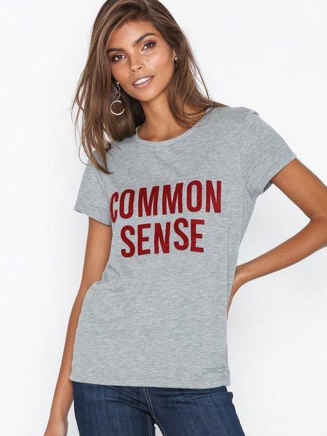 Noisy May Nmnate S/S Fur Top D8 T-shirts - Noisy May