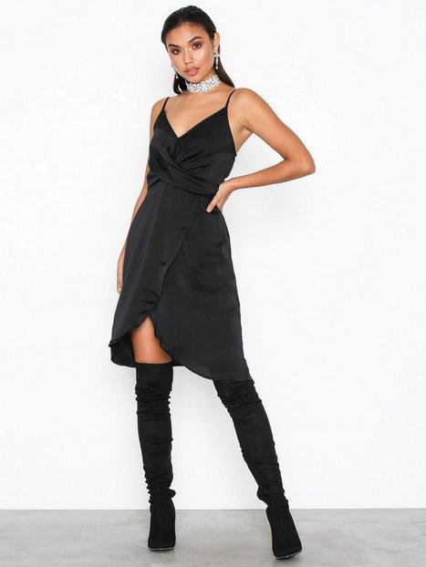 Billede af Object Collectors Item Objalisse Strap Knot Dress a Q Tætsiddende kjoler
