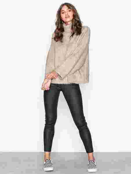 a3083f3e43631 Slfcora Ls Knit Rollneck B - Selected Femme - Light Brown - Jumpers ...