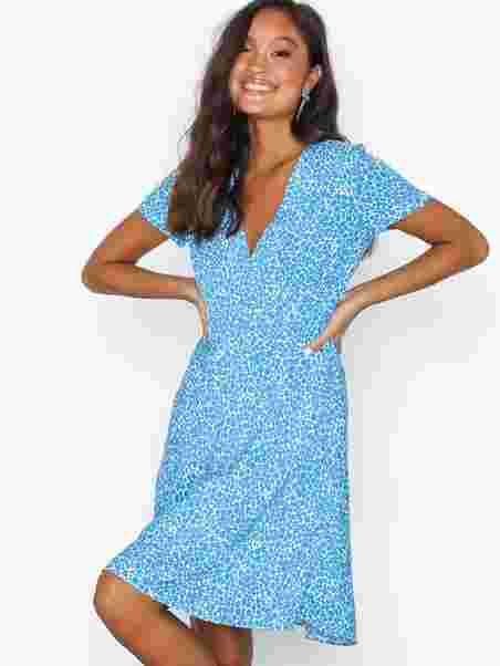 461551bfc7f Cindy S Dress Aop 10056 - Samsøe Samsøe - Blue - Kjoler - Tøj ...