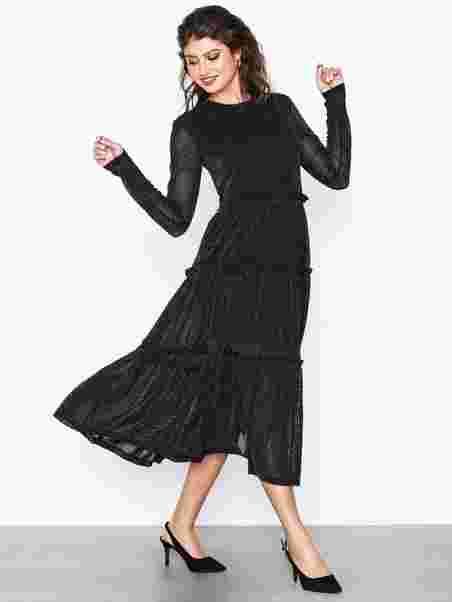 Clothing Dresses Noisy May Dress Nmshimmy X Ls Black waB0qnfx