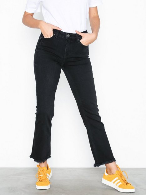 Billede af Pieces Pcdelly Mw Kick Flared Raw Hem BL61 Jeans