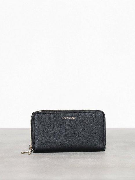 Billede af Calvin Klein Ck Must Large Double Zip Around Punge
