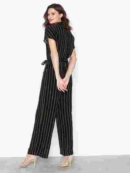 40de22d5 Slfalessa Ss Jumpsuit B - Selected Femme - Black - Jumpsuits ...