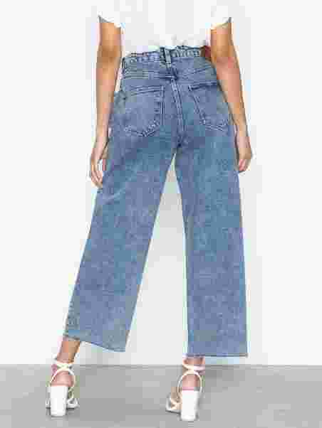 a77847d5 Vmkathy Hr Wide Cropped Jeans Boo - Vero Moda - Lys Blå - Jeans ...