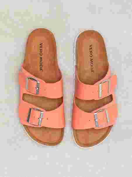 ba3ffce0794 Vmcarla Leather Sandal - Vero Moda - Rød - Flats - Sko - Kvinde - Nelly.com