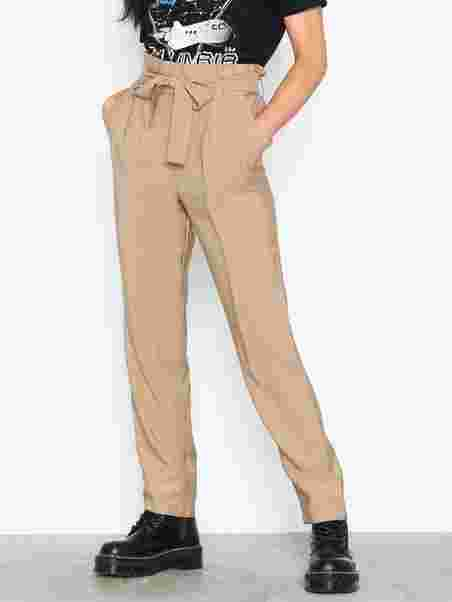 6122e3c7ae0 Pccara Hw Ankle Pants D2d - Pieces - Light Brown - Pants & Shorts ...