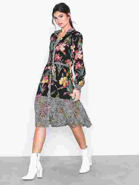 468d16d18f31 Shoppa Visarini L/S Midi Dress/Ka - Online Hos Nelly.com