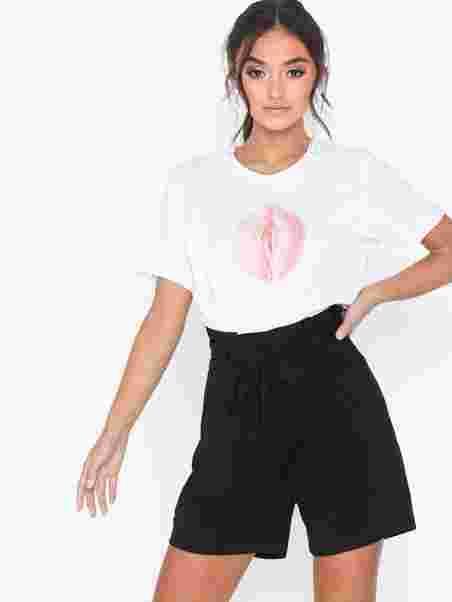 42dbf05a1 Vmeva Hr Paperbag Short Shorts Noos - Vero Moda - Black - Pants ...