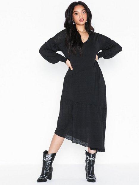 Billede af Pieces Pcbessie Ls Dress Langærmede kjoler
