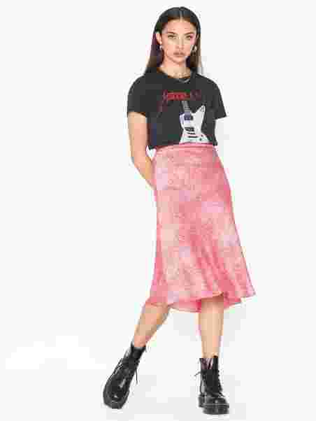 2bdcc99a8cf9 Vmcailey Hw Blk Skirt Exp - Vero Moda - Red - Skirts - Clothing ...