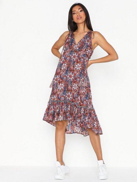 861c599d1d62 Y.A.S Yasemani Throwover Fest Loose fit dresses
