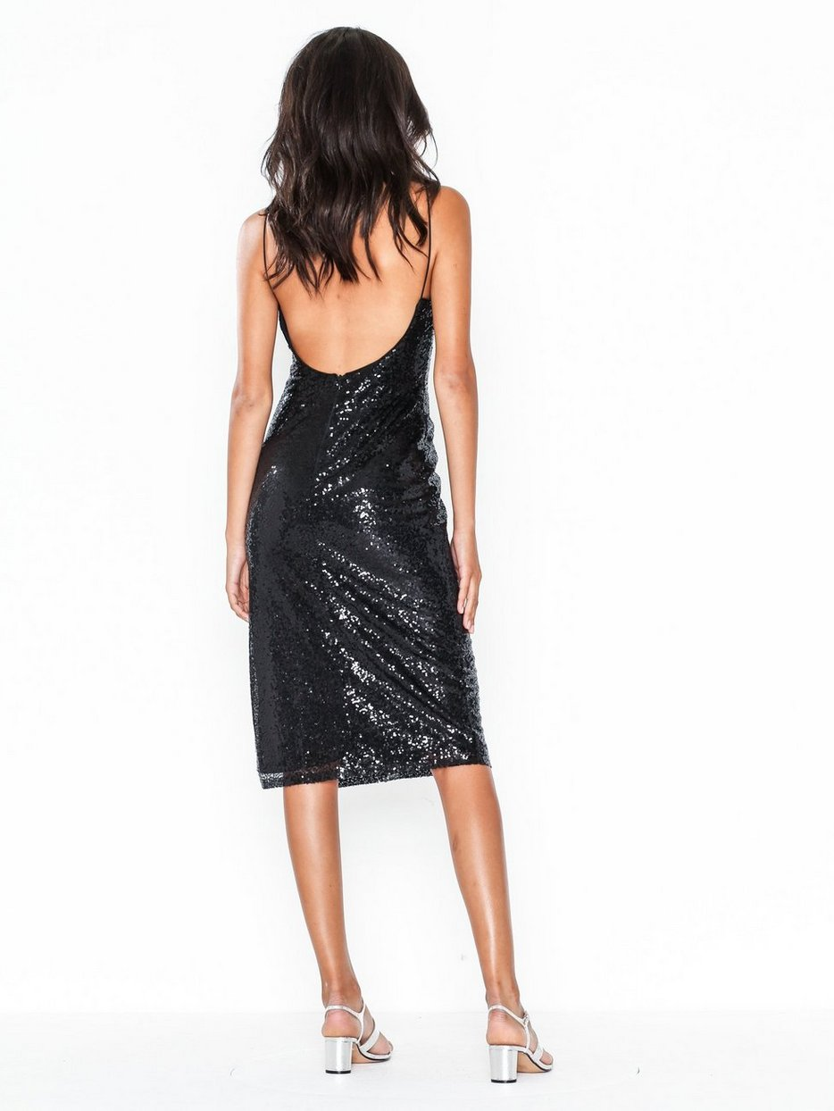 Köp NLY Eve Sequin Slip Dress Svart