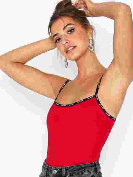 005ad562 Paige Bodysuit - Levis - Red - Tops - Clothing - Women - Nelly.com