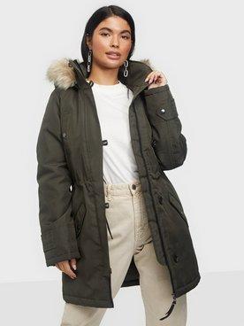 Köp Parkasjackor från Vero Moda för Kvinna Online | FASHIOLA.se