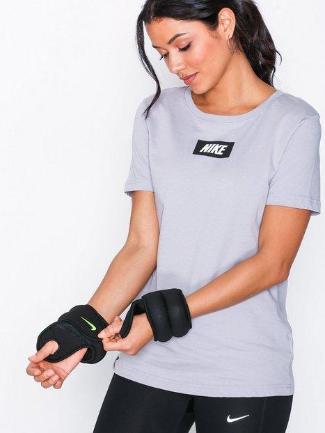 Nike Wrist Weight 1.1 KG Träningsredskap