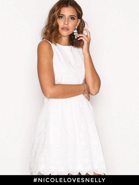 Billede af NLY One Charm Me Dress Loose fit Hvid
