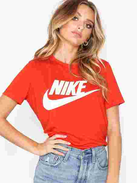 4602bee16d48 Nsw Essentl Tee Hbr - Nike - Red - Tops - Clothing - Women - Nelly.com