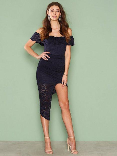 Billede af Love Triangle Off Shoulder Lace Dress Kropsnære kjoler Marine