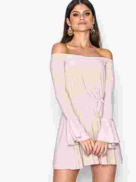 dd325428bff03e Off Shoulder Playsuit - Nly One - Pink - Jumpsuits - Clothing ...