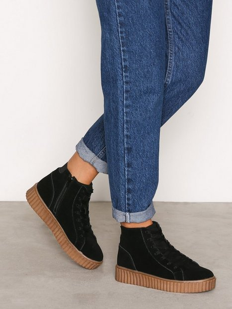 Billede af Bianco Laced Up Suede Boot High Top Black