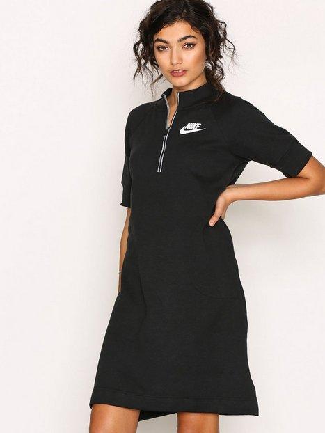 Billede af Nike NSW AV15 Dress Loose fit dresses Sort / Hvid