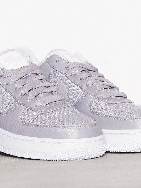 Air Force 1 '07 SE, Nike