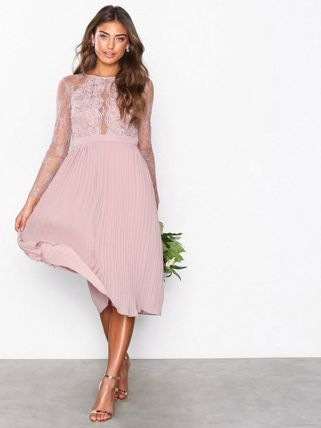 Billede af NLY Eve Lace Pleated Dress Loose fit Rose