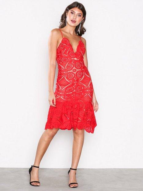 Billede af Love Triangle Atomic Frill Hem Dress Kropsnære kjoler Red