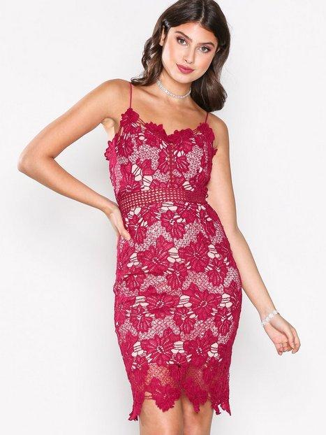 Billede af Love Triangle Dream Knee Length Dress Kropsnære kjoler Raspberry