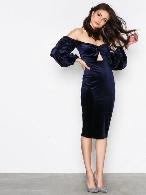 Billede af NLY One Bandeau Luxe Dress Kropsnære kjoler Marine