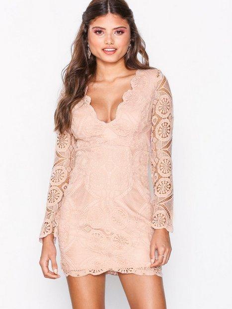 Billede af Love Triangle Atomic Mini Dress Kropsnære kjoler Pink
