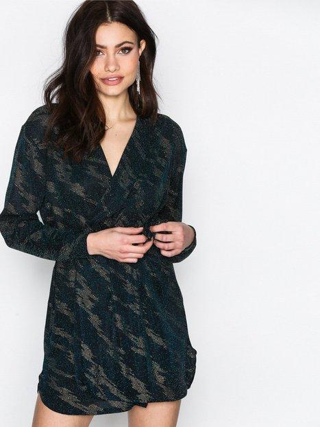 Billede af NLY One Oversize Wrap Tie Dress Loose fit Blå/Guld