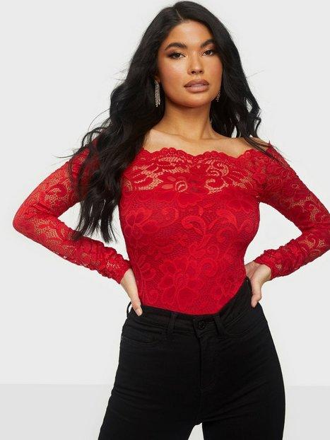 Billede af NLY One Off Shoulder Lace Body Bodyer Rød